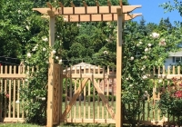 PERGOLA WITH CLASSIC PICKET FENCE