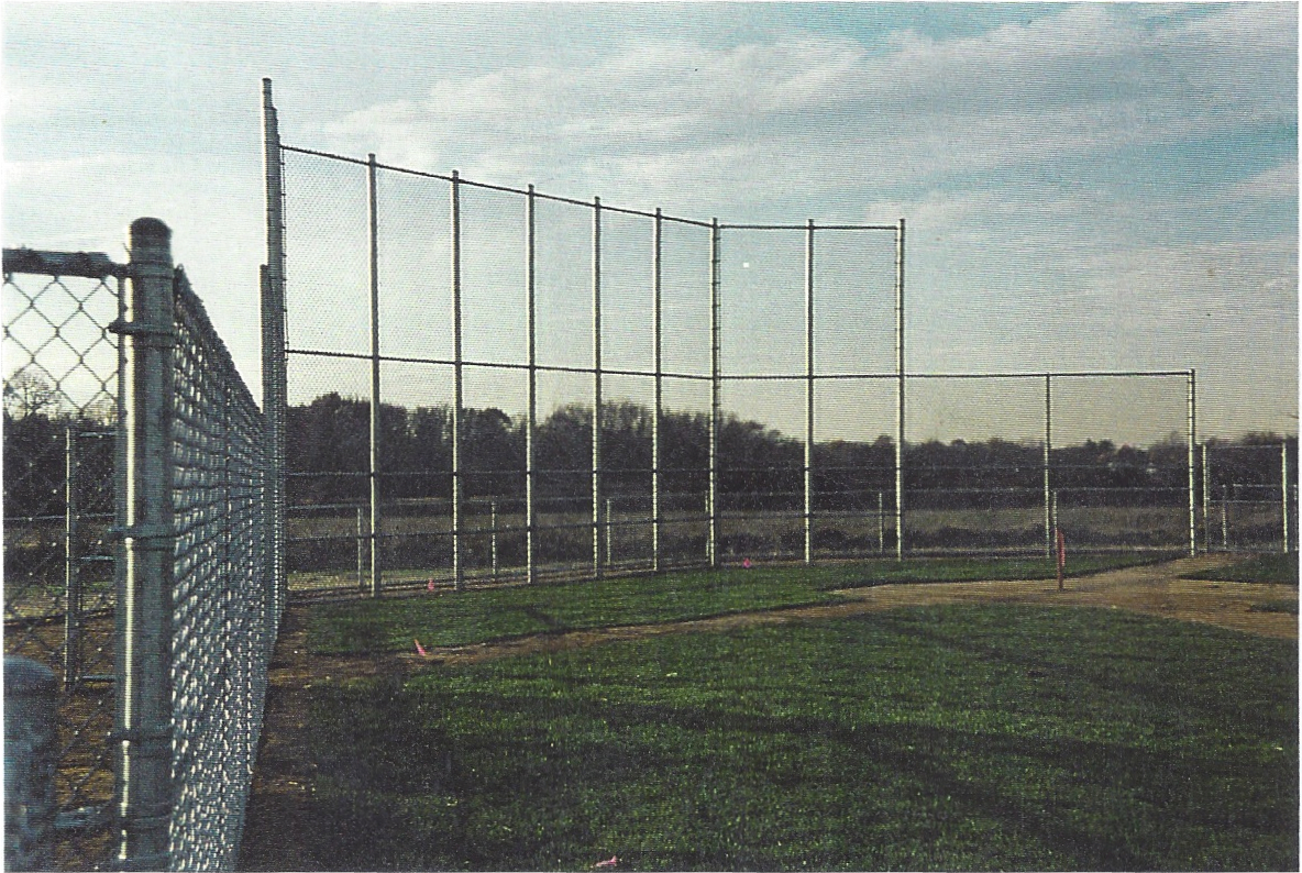 Chain Link Softball Back Stop Fence System