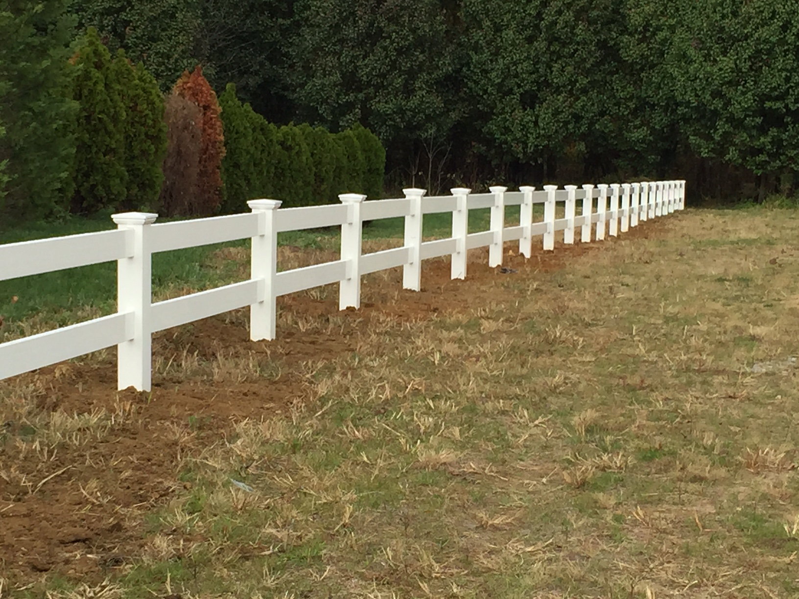 White Pvc Post And Rail Fence With New England Post Caps
