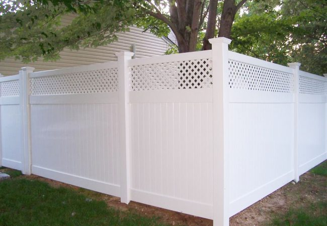 White PVC Lattice Top Fence