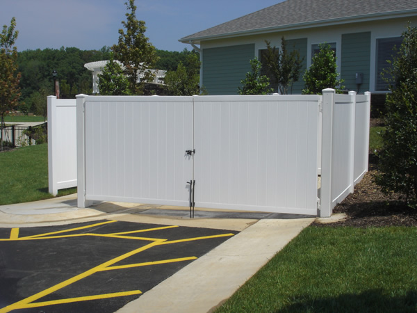 Commercial fence gates are made with heavy duty material