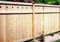 WHITE CEDAR TONGUE AND GROOVE FENCE WITH DIAMOND TOP