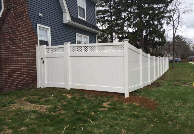 Lattice Top PVC Fence