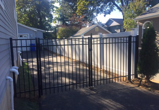 Aluminum Double Gate with Solid PVC Fence