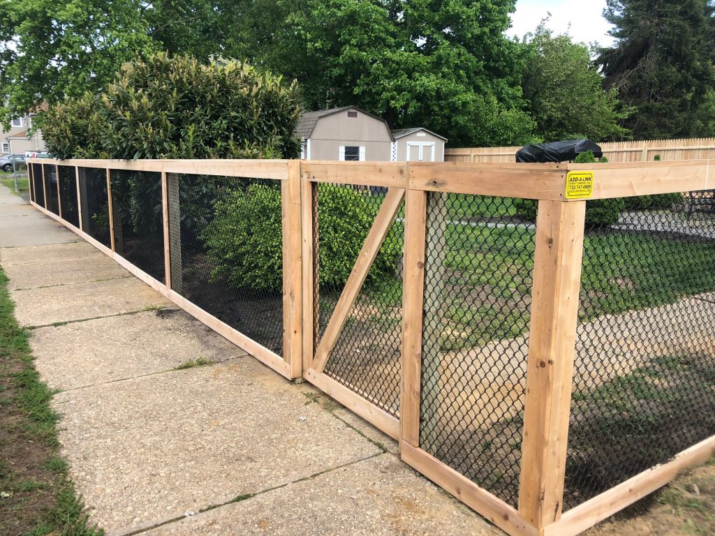 Cedar Framed Chain Link Fence
