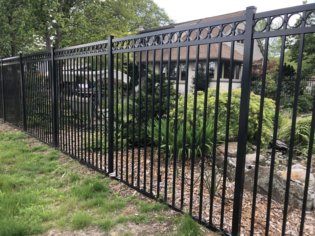 Jerith Regency Aluminum Fence With Rings